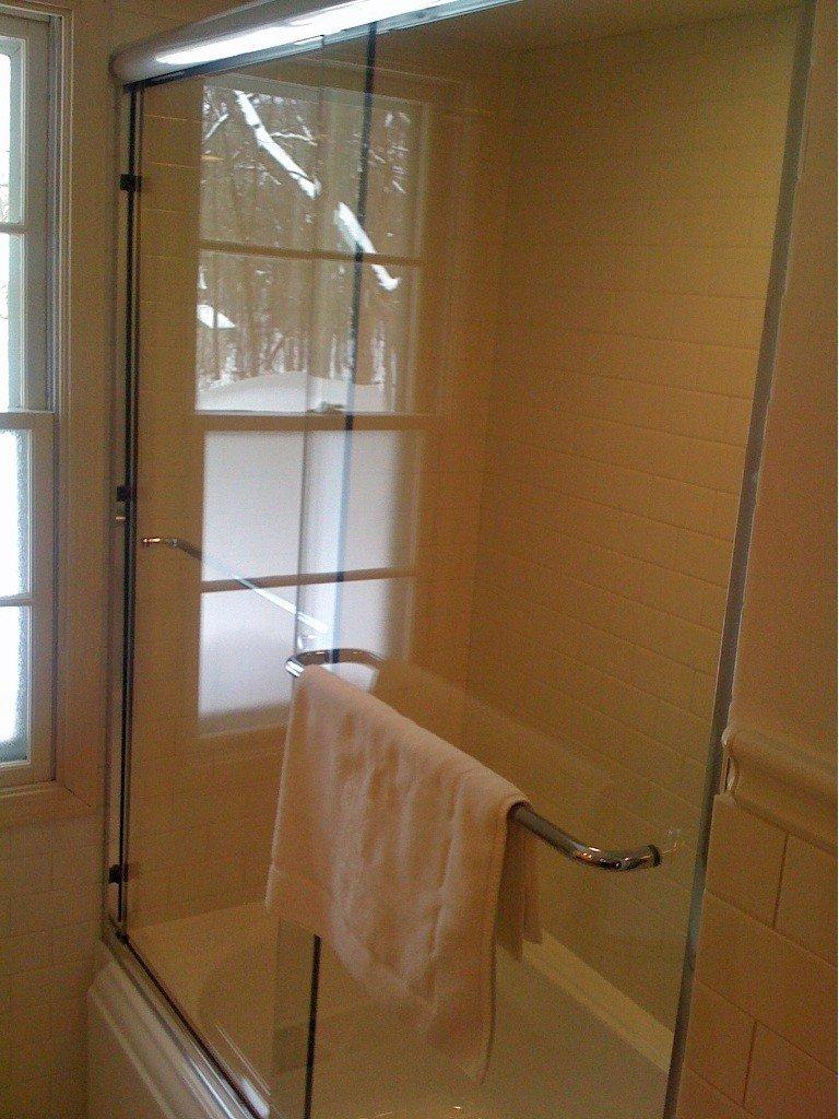 Sliding Glass Shower Doors in Chicago
